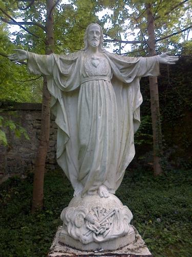 sacré cœur,adoration eucharistique,adoration,sandrine treuillard,foi,christianisme,eucharistie,centre manrèse