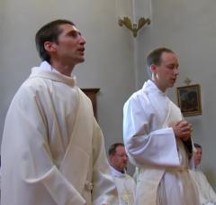 dominique rey,eucharistie,didier bertod,johannes de hasbourg,prêtre,foi,fraternité eucharistein,miséricorde divine,la france,christianisme